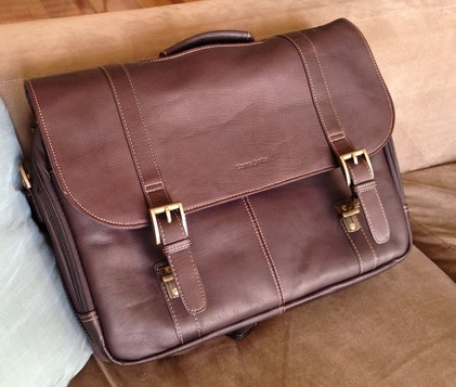 samsonite-colombian-leather-front