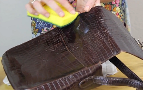 How to Clean a Classic Leather