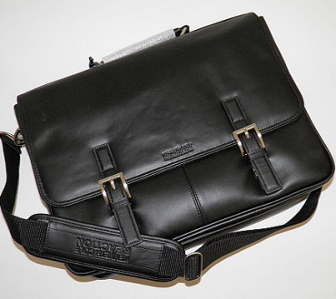 Kenneth Cole Reaction A Brief History Leather Briefcase Review