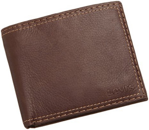 Levis Extra Capacity Leather Wallet For Men