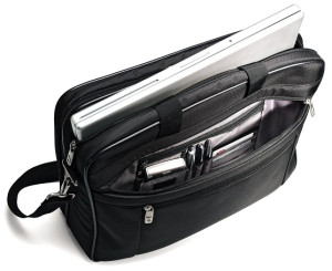 samsonite-class-two-gusset-compartments